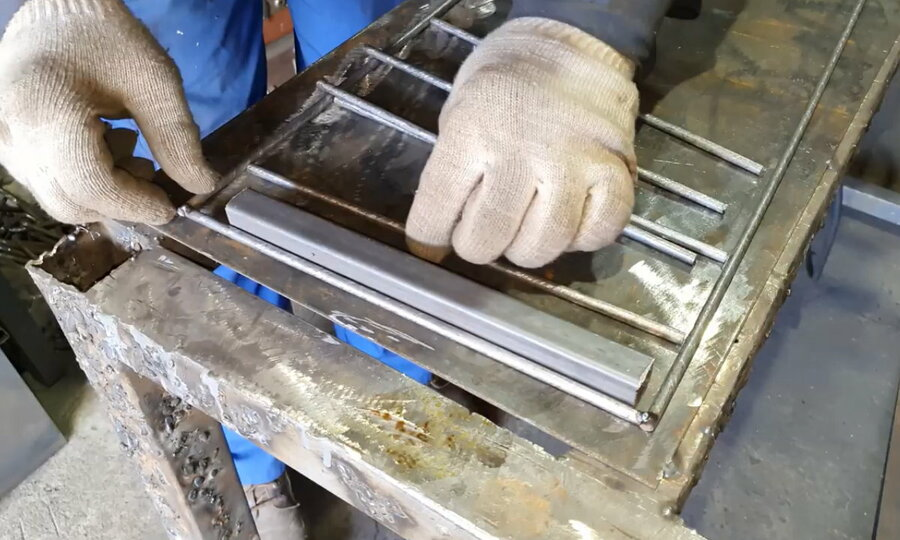 Изготавливаем домашнюю коптильню холодного и горячего копчения своими руками