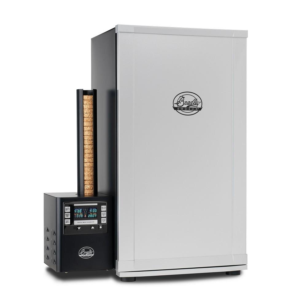 <strong>Электрические</strong> наиболее приспособлены для использования в квартире. Дым образуется благодаря спец. нагревательным элементам.