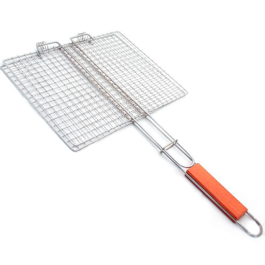 Для фарша, небольших мясных кусочков или нарезанных овощей подойдут решетки с мелкоячеистой сеткой;