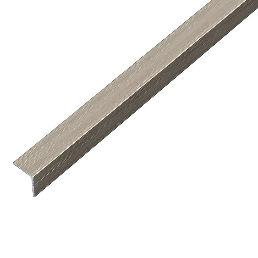Металлический уголок на 20 мм для оформления бортиков (можно также усилить соединение днища и бортиков)