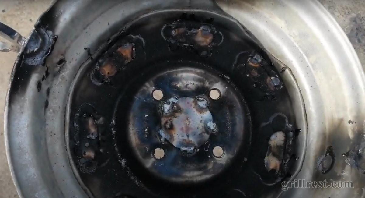 Отверстия в центре диска