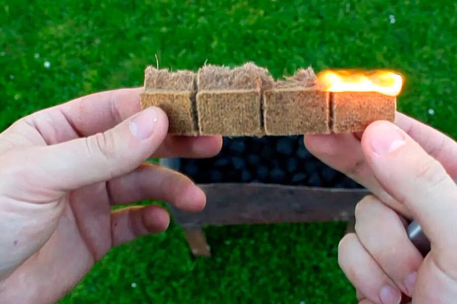 Разжечь уголь брикетами