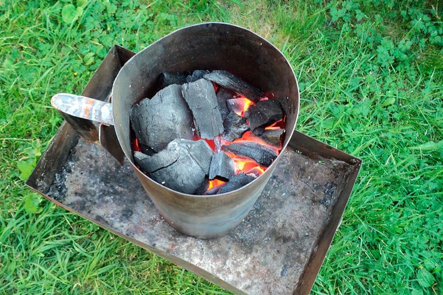 Разжечь угли стартером