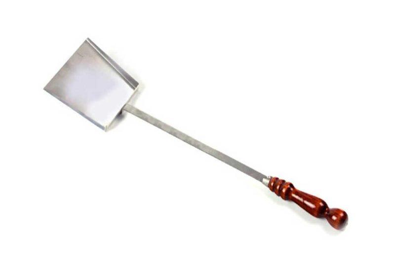 Совок для угля и золы с деревянной ручкой 31-09-sh
