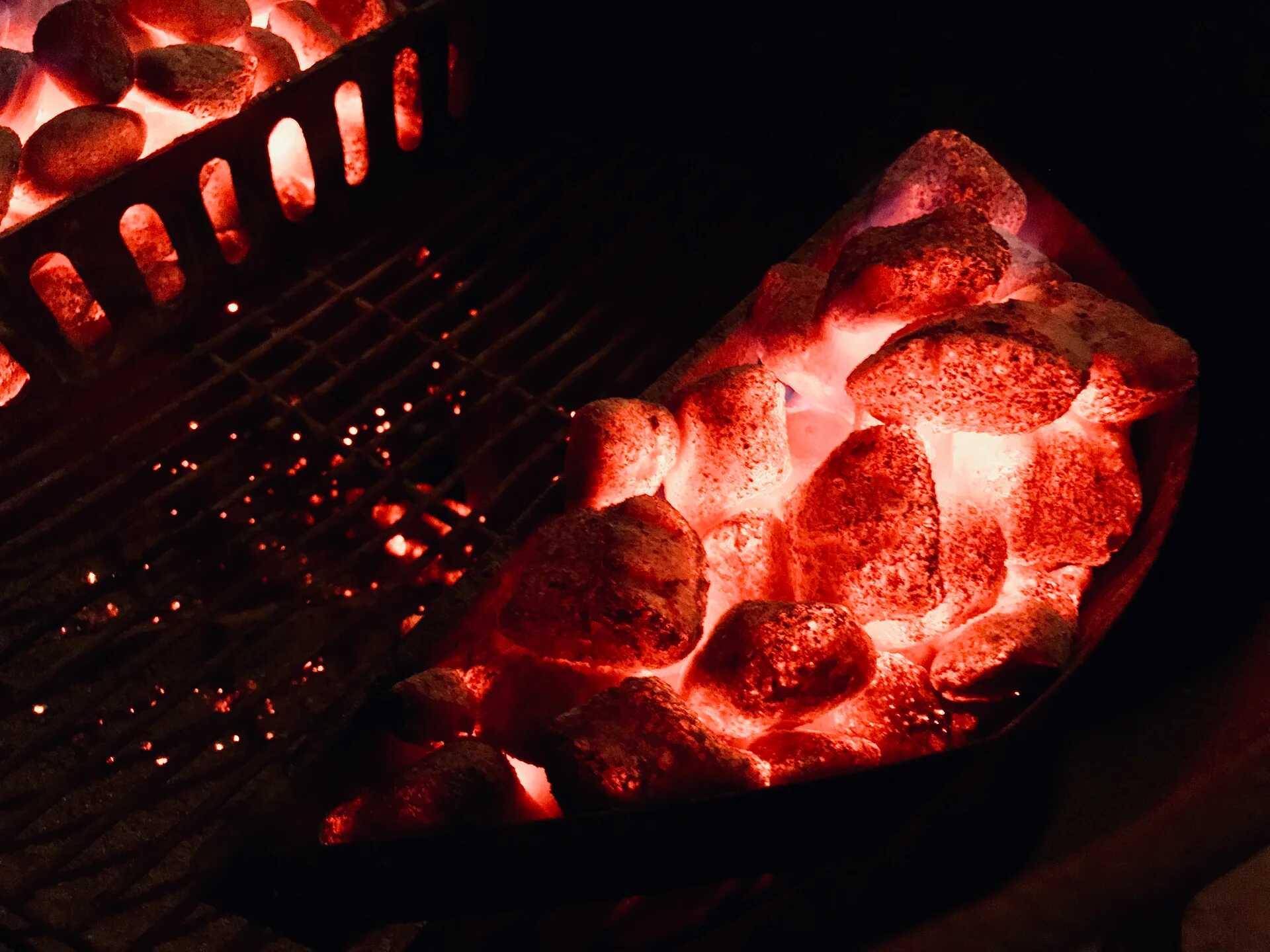 Weber Угольные брикеты, 8 кг