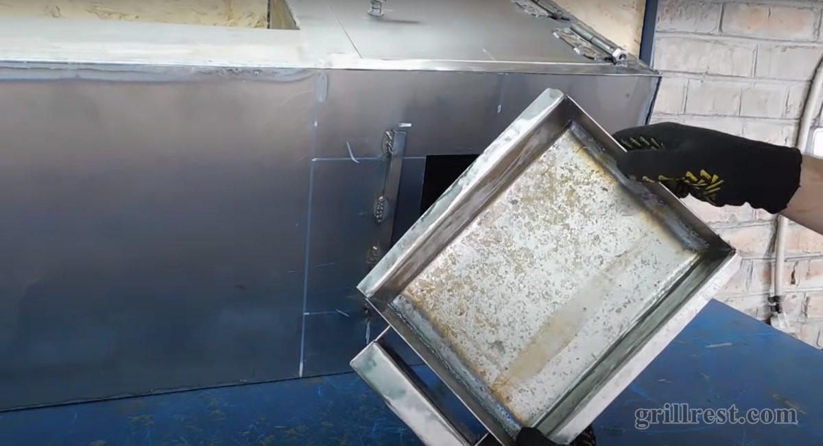 Угольный ящик из металла